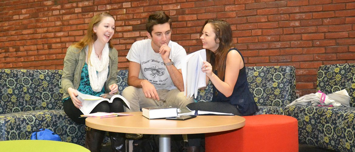 Students on couches in Mantor Library