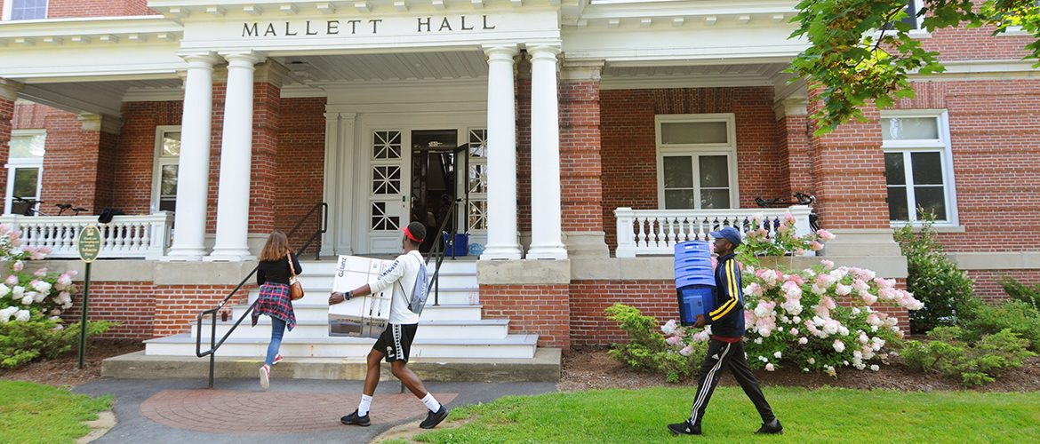 Move In Days Orientation 2018 Admissions Aid